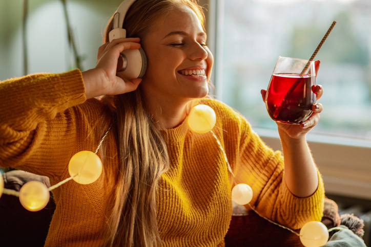 Drink Up! Radio can pour it on for beverage advertisers.